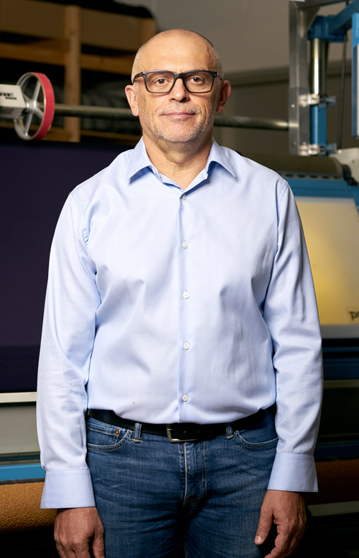 Laurent, concepteur et acheteur écrus chez Philea Textiles