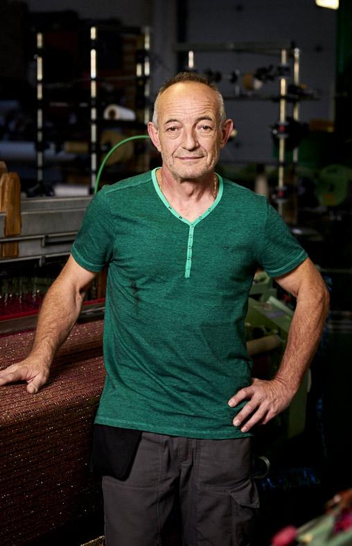 Jean-Claude, chef d'atelier tissage chez Tissage des Chaumes